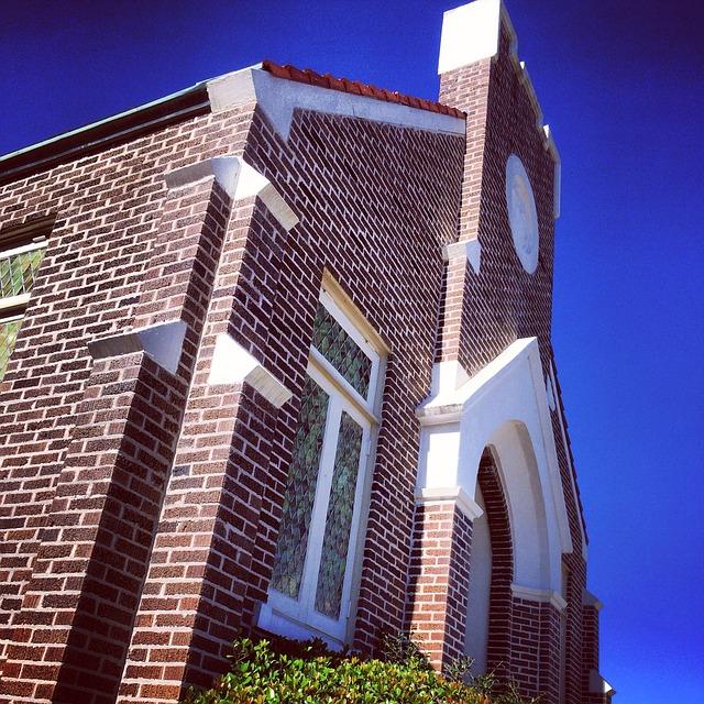 church-275844_640